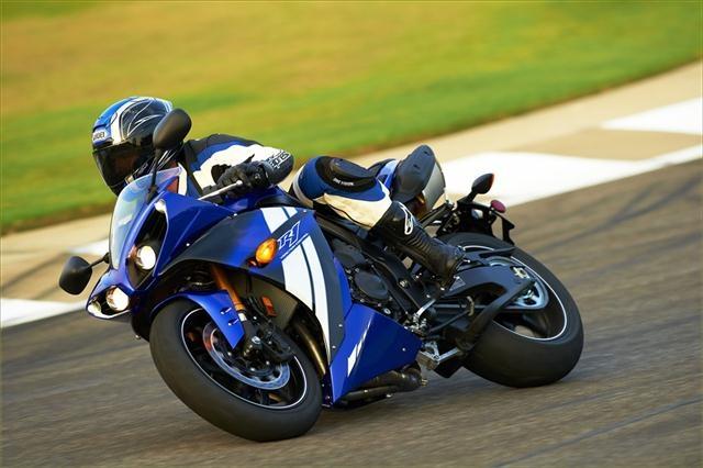 Racing image 3